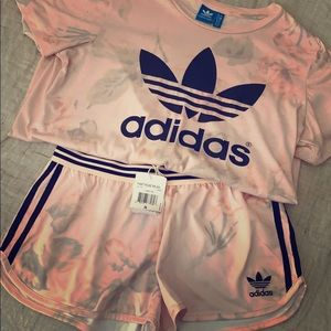Adidas t-shirt & short set